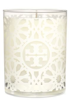 Adding finishing touches to the home office with this Tory Burch white tile print candle. Gorgeous notes of peony, sandalwood and jasmine sambac.