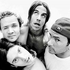 For everything Red Hot Chilli Peppers check out Iomoio Chilli Pepers, John Frusciante, Anthony Kiedis, Hottest Chili Pepper, Band Photos, Best Rock, Music Icon, Music Bands, Cool Bands