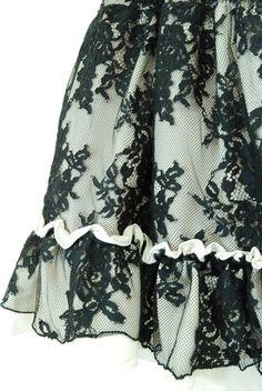 "Sheglit ""Mystic lace skirt (ivory)"""