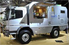 2010: Mercedes-Benz Atego 1018. Camper.