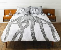 Octopus bedding by Thomas Paul