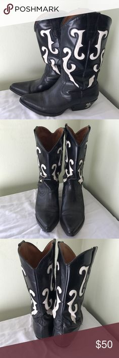Nine West Black Leather Women's Cowboy Boots Cleaning out my closet and found these babies! Nine West women's cowboy boots. Black leather upper with white croc detail. Man made soles. Size 8. One inch heel. Need to be shined up with some leather condition. In great shape. Only worn once or twice. Looking for a nice home on the range. Save a horse ride a cowboy! Nine West Shoes Heeled Boots