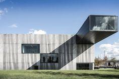 Enjoy Concrete HQ / Govaert & Vanhoutte Architects