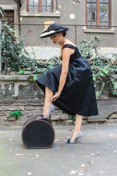 Retro Look, Jennifer Lawrence, Vintage Fashion, Vintage Style, Fashion Outfits, Fashion Ideas, Black Women, Pin Up, Street Style