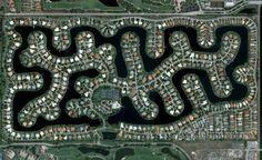 Osiedle wybudowane na sztucznym jeziorze - Bonita Springs, Foryda