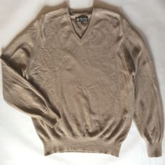 Marc Alan cashmere sweater, made in Scotland, light brown / sand, vee neck with long sleeves, men's medium by afterglowvintage on Etsy European Style, European Fashion, Sweater Making, Cashmere Sweaters, Scotland, Vintage Outfits, Men Sweater, Pullover, Wool