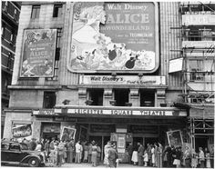 Although the Walt Disney Company celebrates the anniversary of the release of Alice in Wonderland on July 28th, it in fact had its world premiere on July 26, 1951 in London.
