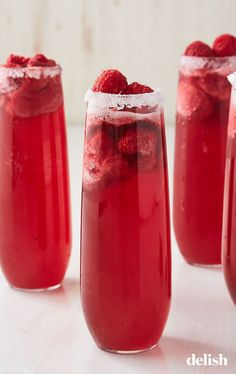 If you're not drinking Raspberry Mimosas all spring, you're doing it wrong. Get the recipe at Delish Brunch Drinks, Fruit Drinks, Fun Cocktails, Party Drinks, Cocktail Recipes, Beverages, Food And Drinks, Mimosa Brunch, Alcoholic Drinks