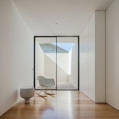 Touguinha House | Raulino Silva Arquitecto, Unip. Lda #totalwhite #white