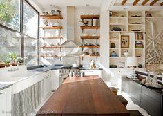 DECORTIZO : Fitzhugh Karol and Lyndsay Caleo's Brooklyn Home.
