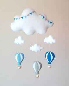 Móbile Andando nas Nuvens 3