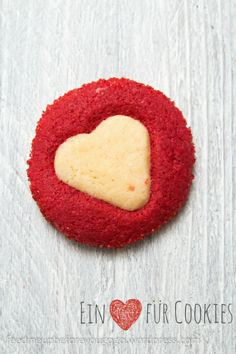 Valentine's Day cookies // feed me up before you go-go