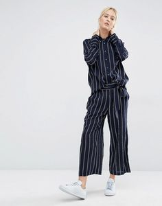 Gigi Hadid's Striped Suit in New York July 2016 | POPSUGAR Fashion