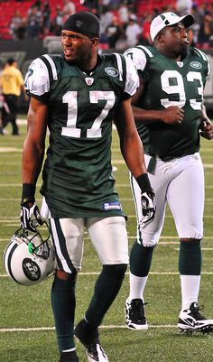 Football: Jets-v-Eagles, Sep. Cool Basketball Jerseys, Social Media Marketing Manager, Sports Photos, Football Players, Online Business, Mac, Guys, Eagles, Notes
