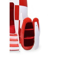 Rocket Armchair Design With Built In Sound System & Lighting