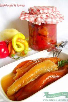 Ardei copti la borcan Hungarian Recipes, Romanian Recipes, Romanian Food, Fermented Foods, Canning Recipes, Raw Vegan, Food For Thought, I Foods, Vegetarian Recipes