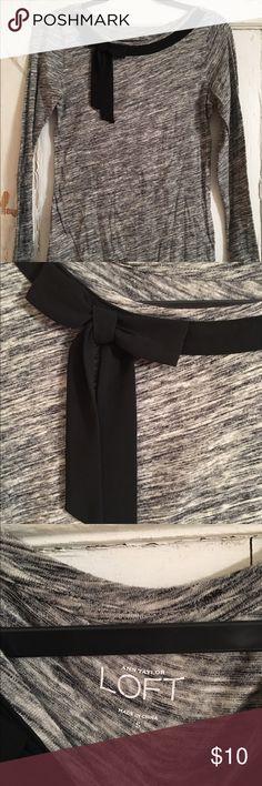 Loft top Loft casual top with a bow, never worn! LOFT Tops Tees - Long Sleeve