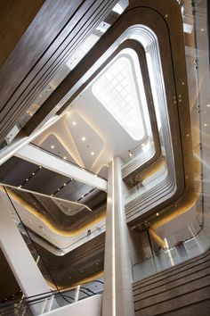 Atrium Space - Hysan Place Hong Kong by Benoy