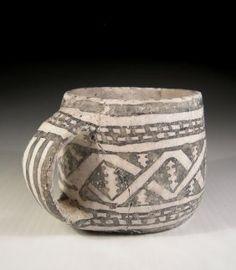 Anasazi Mesa Verde Mug Antique Pottery, Ceramic Pottery, Pottery Art, Ceramic Art, Native American Baskets, Native American Pottery, Southwest Pottery, Pueblo Pottery, Keramik Vase