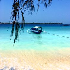 Gili Meno island off the coast of Bali, Indonesia. #paradise #heaven #bali