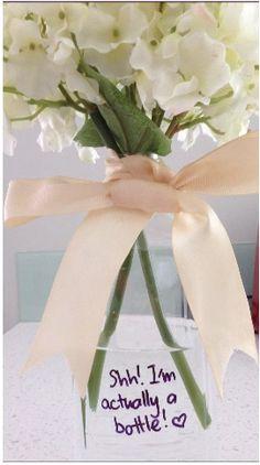 Adorable DIY vase. So simple! x