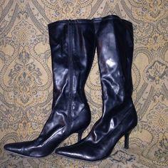 Black boots Cute boots in great condition. Great buy!✨ Mossimo Supply Co Shoes Heeled Boots