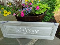 How to make a simple welcome sign with a chalk-painted door and a Simply Said vinyl design.