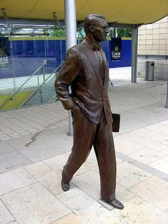 Statue of Cary Grant by Graham Ibbeson in Millennium Square, Bristol, UK