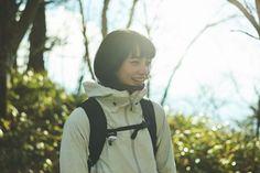 Komatsu Nana, Ryo Yoshizawa, Japanese Models, Mountaineering, Retro, Riding Helmets, Asian Girl, Book Art, Kawaii