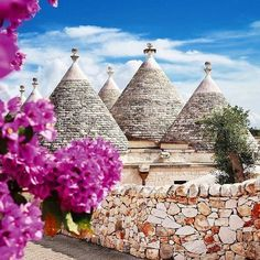 Alberobello in southern Italy is most definitelyon our bucket list! This town is filled with these unique trulli buildings pictured hereTag a friend below who you would love to travel here with. #baredtravel #liveeverystep