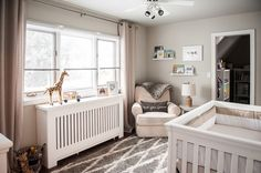 Soothing Safari Nursery Gender Neutral Safari Nursery - love the soothing colors and design!Gender Neutral Safari Nursery - love the soothing colors and design! Jungle Nursery Boy, Giraffe Nursery, Nursery Room, Baby Room Neutral, Nursery Neutral, Gender Neutral, Baby Room Design, Baby Room Decor, Nursery Inspiration