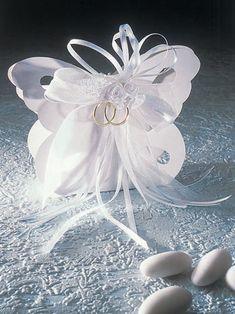 Preciosa cajita con forma de mariposa. Tutorial con plantilla.
