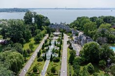 Luxury real estate in Great Neck NY US - Address Available Upon Request - JamesEdition