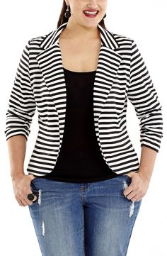 Striped Jacket black/white Style No: Stretch ponti knit fabric striped jacket. This cute jacket has ruched sleeves. This jacket is unlined and has a lapel front and 2 front pockets. Xl Mode, Mode Plus, Striped Jacket, Striped Blazer, Pretty Outfits, Cute Outfits, Moda Xl, Chubby Fashion, Casual Outfits