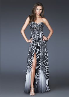 Shop online for designer prom and pageant dresses! 624eacab2