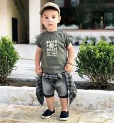 By far the most cute seeking new bundle of joy dude dress, find all of the facts like pajamas, entire body fits, bibs, and more. Trendy Boy Outfits, Outfits Niños, Little Boy Outfits, Kids Outfits, Toddler Boy Fashion, Little Boy Fashion, Toddler Boy Outfits, Trendy Kids, Stylish Kids