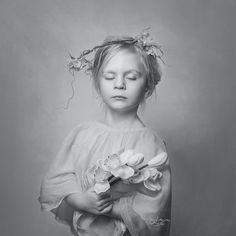 #B&W #childrenphotography #kidsphotoshoot #girl #portrait #fotografia_sylwia_sobota #indoorsession