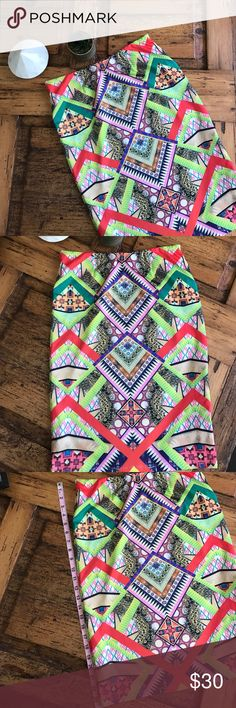 Anthropologie Stretchy Pencil This is in like new condition, it's very stretchy and also is fully lined. I now offer 20% off any 2. Anthropologie Skirts