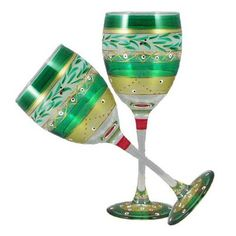 This lovely hand painted wine glass is from Golden Hill Studio Christmas Garland collection and inspired by the colorful tiles of the Alhambra. This collection is perfect for Christmas or any occasion. Decorated Wine Glasses, Hand Painted Wine Glasses, Christmas Wine Glasses, Pots, Old Fashioned Glass, Wine Glass Set, White Wine, Red Wine, 3 D
