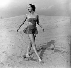 Beach fashion, 1950s