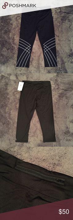 Spotted while shopping on Poshmark: S2 Black Printed Capri-Length Leggings! #poshmark #fashion #shopping #style #S2 #Pants