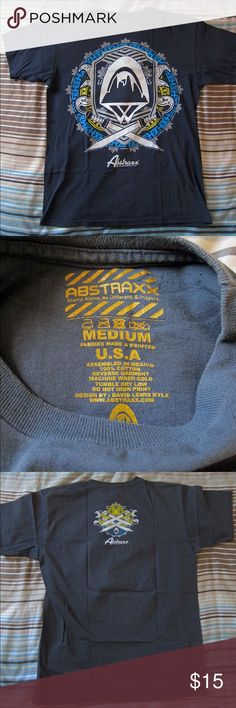 Abstraxx Graphic T-shirt Abstraxx Graphic T-shirt in grey. In great condition. Made in America and size medium! Abstraxx Shirts Tees - Short Sleeve