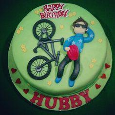 Bike Cake Bike Cakes, Dad Cake, Designs, Cake Decorating, Leo, Birthday Cake, Pastel, Drink, Desserts