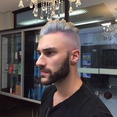 "14 Me gusta, 1 comentarios - Emmanuel Prado Hair & Beauty (@emmanuelprado) en Instagram: ""#platinum #mensfashion #descoloração #grisalho #brae #cinza #masculino #platinadomasculino"""