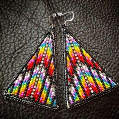 😍😍😍 #bigpretties #blingbling #miigwanscreations Native Beading Patterns, Beadwork Designs, Beaded Earrings Patterns, Native Beadwork, Native American Beadwork, Seed Bead Earrings, Hoop Earrings, Bead Embroidery Jewelry, Beaded Embroidery