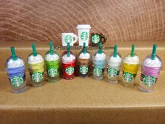 Littlest Pet Shop Dollhouse Miniature Starbucks Drink Cup Coffee Lot Random Styles and Colors LPS Barbie Miniatures, Polymer Clay Miniatures, Dollhouse Miniatures, Barbie Diorama, Starbucks Cup, Keurig Mini, Mini Coffee Cups, Green Tea Cups, Mini Things
