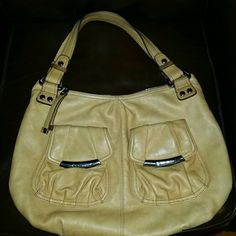 B. MAKOWSKY AUTHENTIC PURSE Super soft leather, this purse screams luxury!  The color is slightly darker than the pics more like mustard. In great shape. Has light scratches on the metal pocket claspes. Very beautiful !! Bags Shoulder Bags