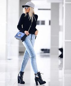 Healthy living at home sacramento california jobs opportunities Mode Outfits, Casual Outfits, Fashion Outfits, Platform Boots Outfit, Combat Boot Outfits, Military Boots Outfit, Combat Boots, Booties Outfit, Living At Home