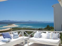 Plettenberg Bay huishuur South African Homes, Cape Town South Africa, Outdoor Living, Outdoor Decor, Terrace Garden, Interior Architecture, Interior Design, My Dream Home, Sun Lounger