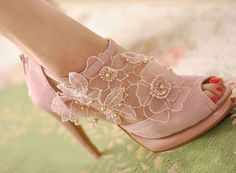 Pink Lace Open Toe Shoes